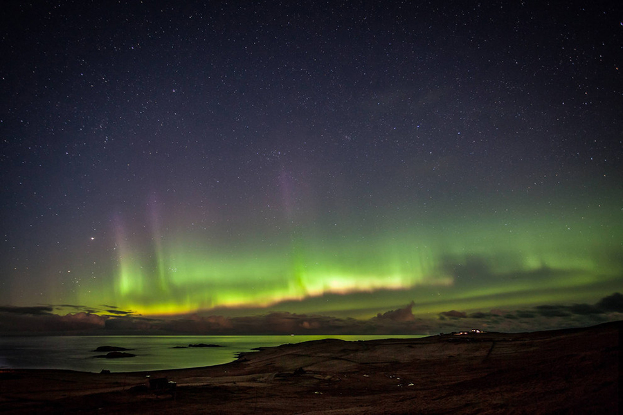 Nortern Lights in the UK, photographed by Keane Beamish in Unst, Shetland